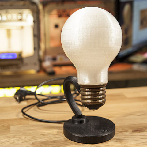 Justpressprint 3d printed Bulb Light